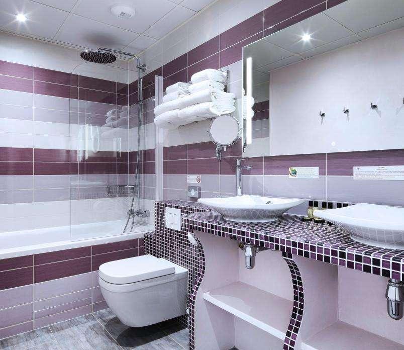 Hôtel du Plat d'Etain - Chambre salle de bains